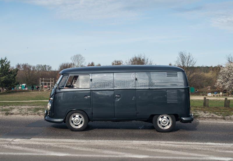 Klassisk tysk campare Volkswagen arkivbilder