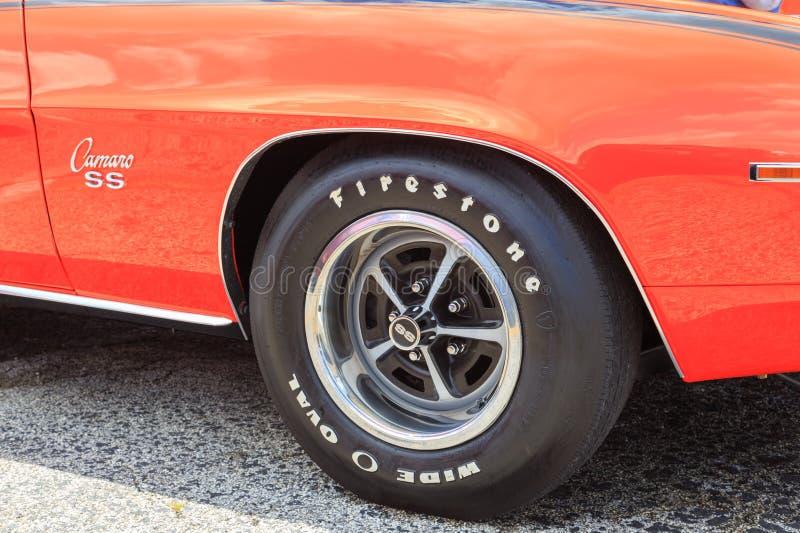 Klassiska Chevy Camaro SS arkivbilder