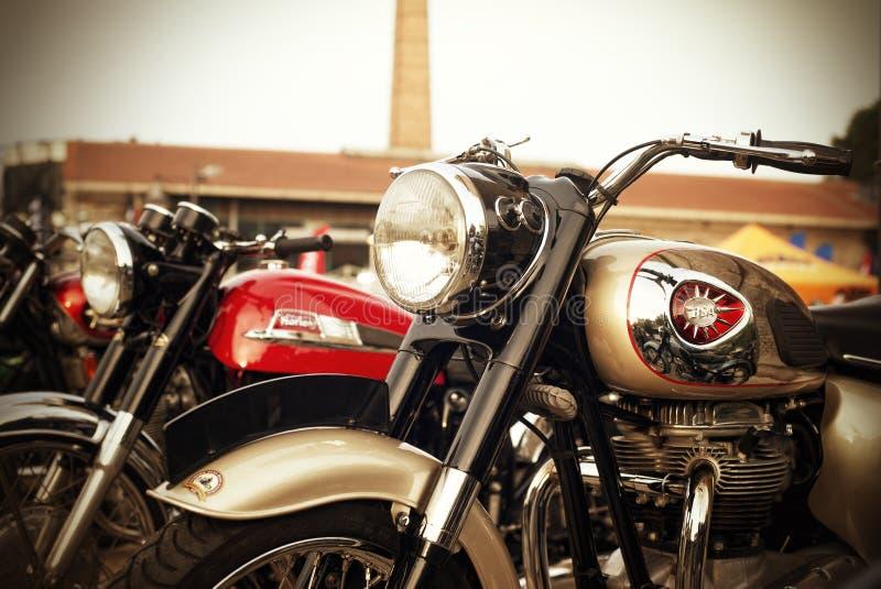 klassiska motorcyklar royaltyfri bild