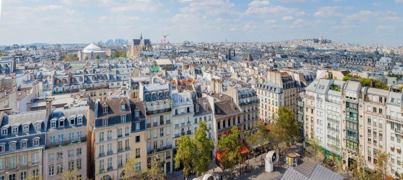 Klassiska parisiska byggnader Antennen beskådar av taklägger panorama arkivbilder