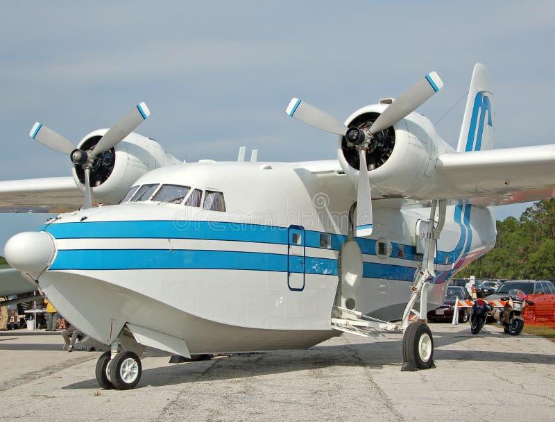 klassiskt flyg för fartyg royaltyfria foton