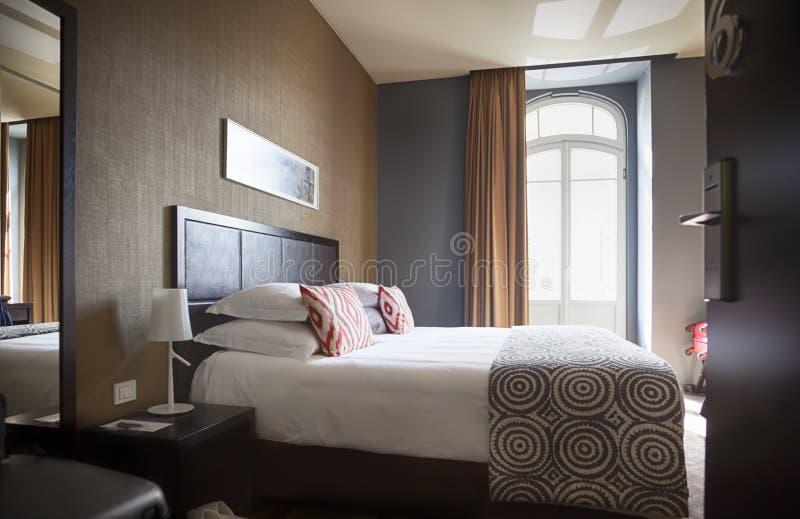 Klassiskt hotellrum arkivfoto