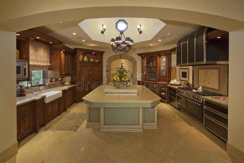 Klassiskt kök royaltyfria bilder