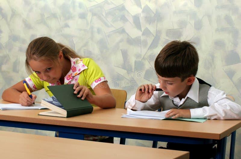 klassrumelever arkivfoton