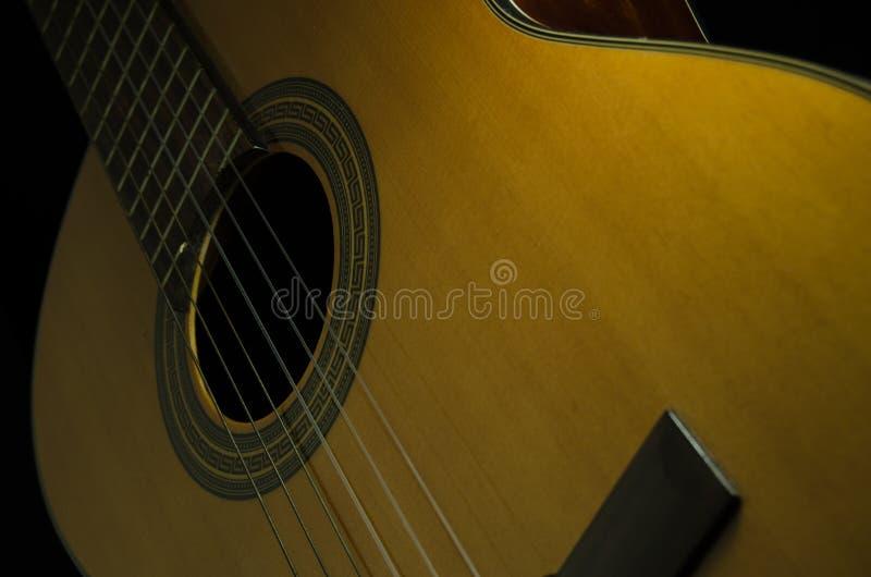 Klasyczna gitara akustyczna zdjęcie royalty free