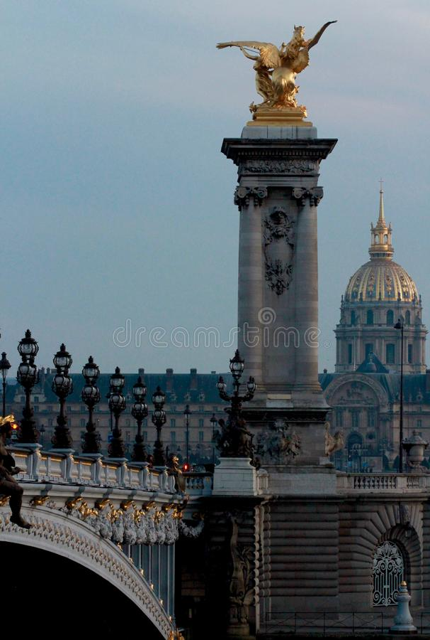 Klasyczna scena w sercu Paryż, FRANCJA, PARYŻ - obrazy royalty free