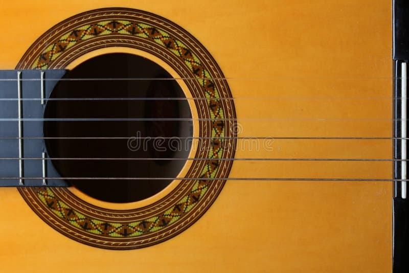 Klasyczni 6 gitary smyczkowy odgórny widok zdjęcie stock