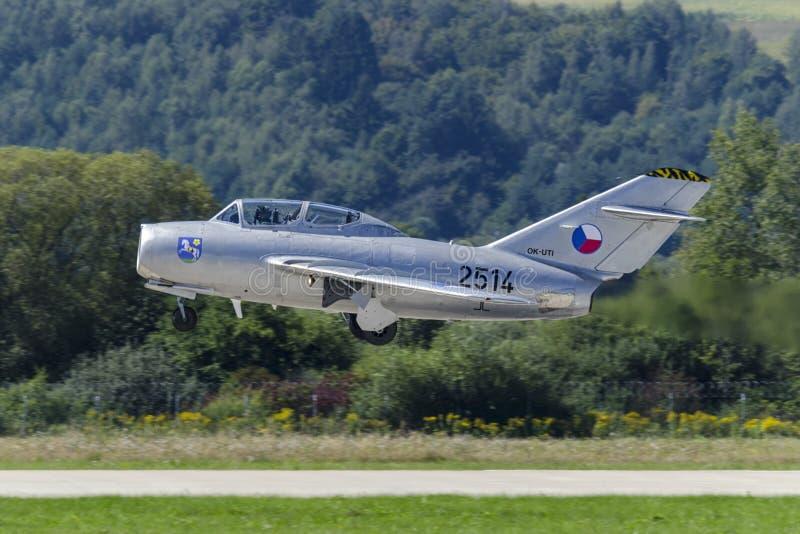 Klasyczny czecha MiG-15 myśliwiec zdjęcia royalty free