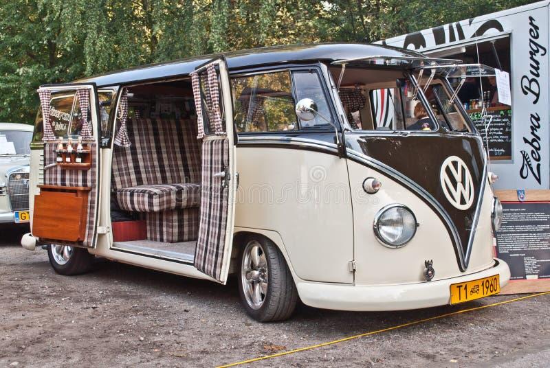 Klasyczny Niemiecki samochodowy wolkswagena autobusu T1 obraz stock