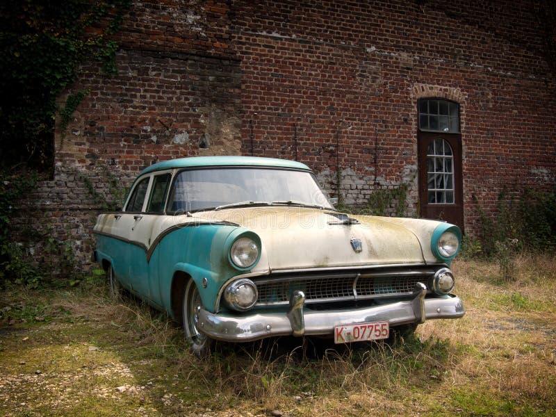 klasyczny samochód - akcyjny wizerunek obrazy stock