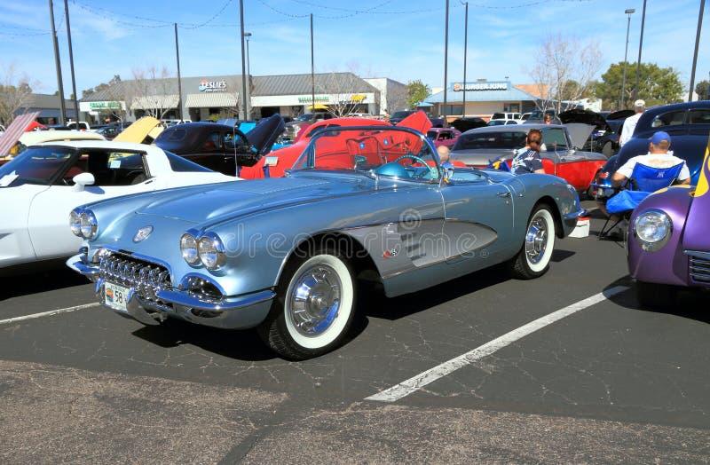Klasyczny samochód: 1958 Chevrolet korwety kabriolet obraz royalty free