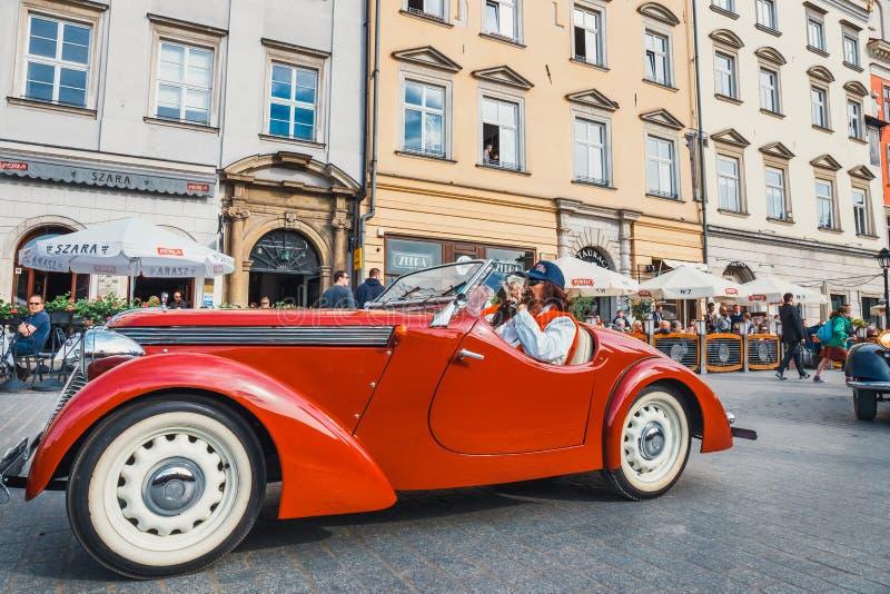 Klasyczny stary Jawa na wiecu roczników samochody w Krakow, Polska obraz stock