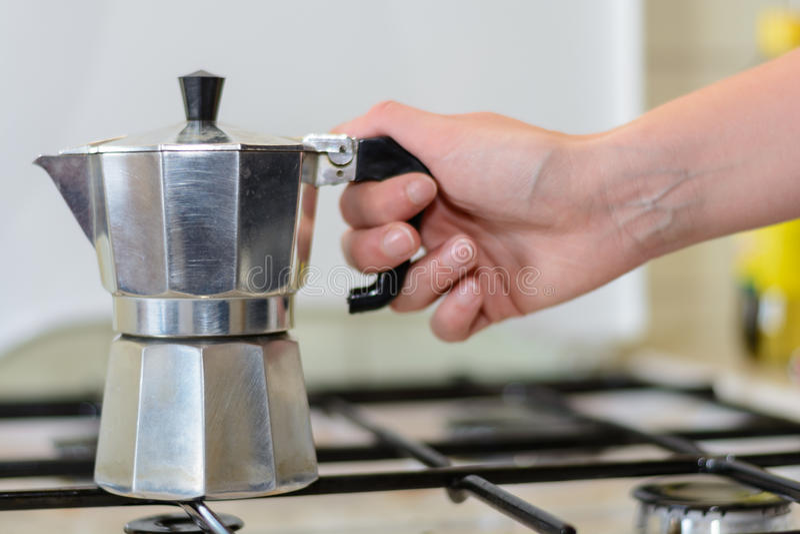 Klasyczny Włoski kawowy garnek obrazy royalty free