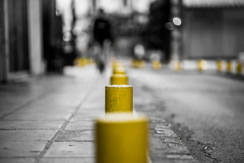 Klasyk Biała i Żółta Stylowa Czarna fotografia ulica, używać obraz stock