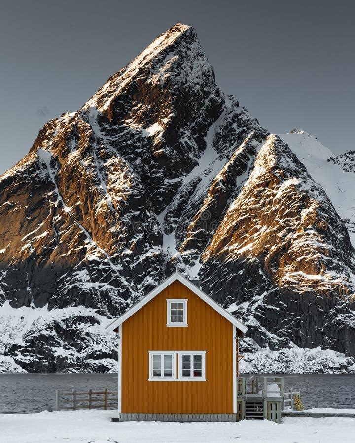 Klasyk strzelał w Reine, Lofoten wyspa, Norwegia obrazy stock