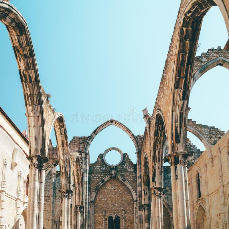 Klasztor Nasz dama góra Carmel Convento da Jest Gockim kościół rzymsko-katolicki Budującym W 1393 W Lisbon mieście Ordem ro obrazy royalty free
