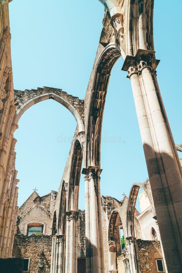 Klasztor Nasz dama góra Carmel Convento da Jest Gockim koÅ›ciół rzymsko-katolicki BudujÄ…cym W 1393 W Lisbon mieÅ›cie Ordem ro zdjęcia royalty free