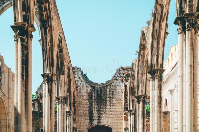 Klasztor Nasz dama góra Carmel Convento da Jest Gockim koÅ›ciół rzymsko-katolicki BudujÄ…cym W 1393 W Lisbon mieÅ›cie Ordem ro zdjęcie royalty free