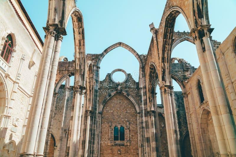 Klasztor Nasz dama góra Carmel Convento da Jest Gockim koÅ›ciół rzymsko-katolicki BudujÄ…cym W 1393 W Lisbon mieÅ›cie Ordem ro zdjęcia stock