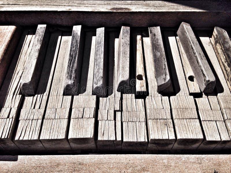 Klavier aus Melodie heraus stockbild