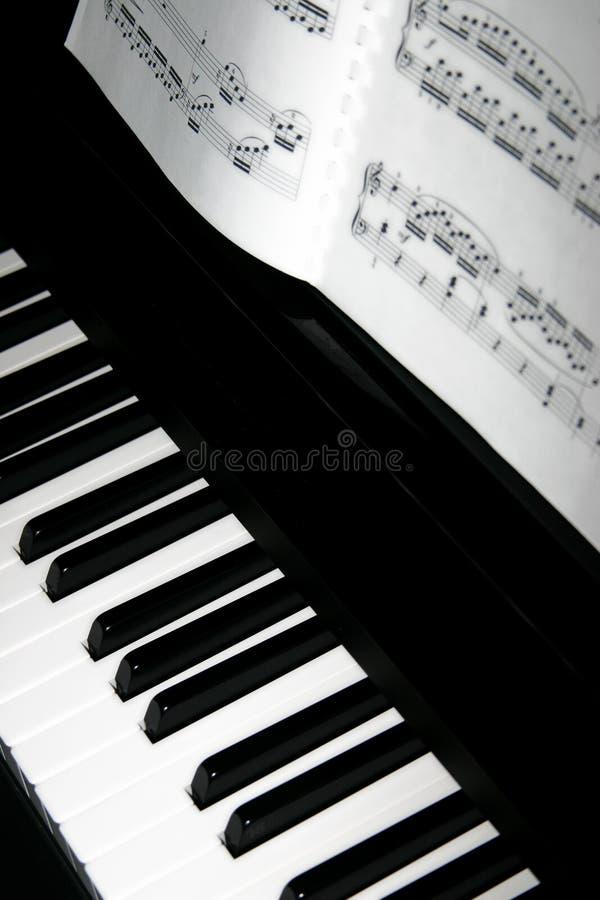 Klavier-Tasten stockfotos