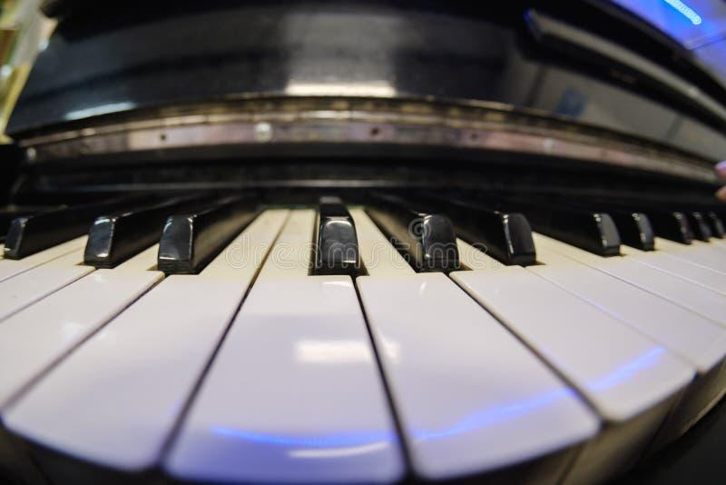 Klaviermusik-Schlüssel Alte Antiquitäten, Melodie musikalisch stockbilder