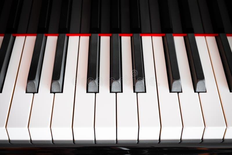 Klaviertastaturfrontansicht, gerade Tastatur lizenzfreies stockbild