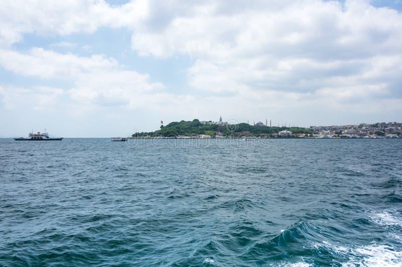 Download Klaxon d'or Istanbul image stock. Image du ville, dinde - 77154945