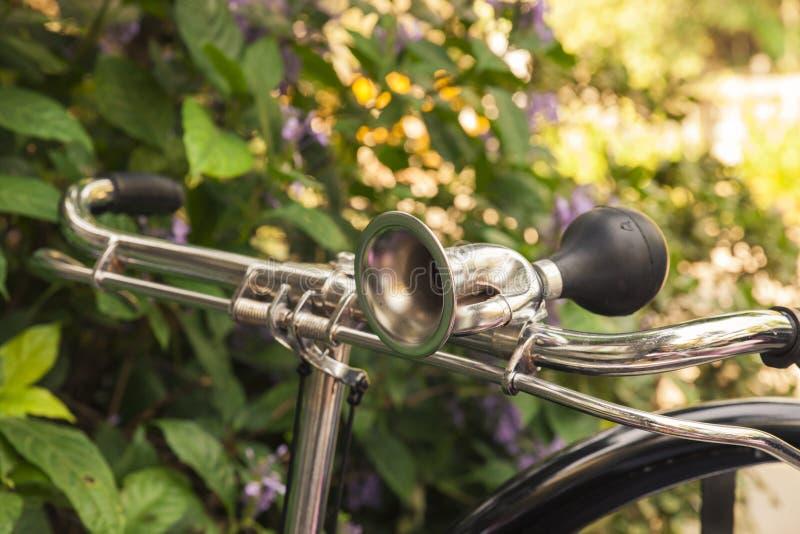 Klaxon de bicyclette de vintage photographie stock libre de droits