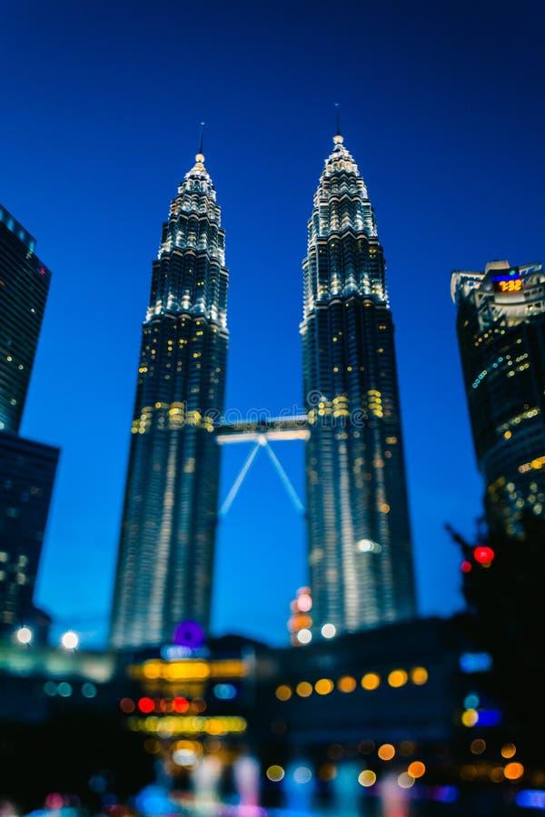 klcc Kuala Lumpur Sławne Petronas bliźniacze wieże Bliźniaczej wieży nieba scrapper Malaysia zdjęcie stock