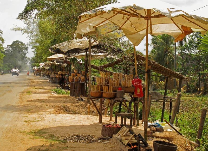 Klebriger Reis entlang der Straße lizenzfreies stockfoto