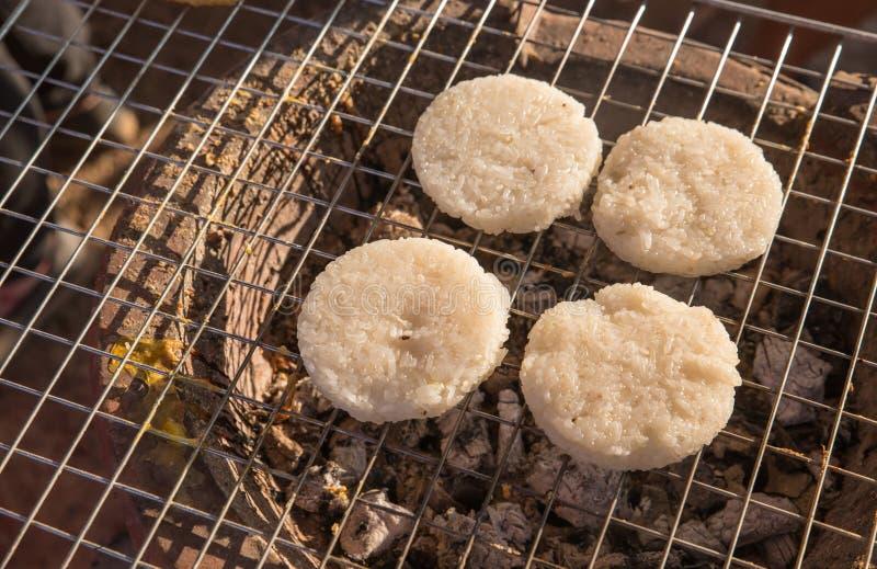 Klebriger Reis mit dem Ei gebraten stockfotos