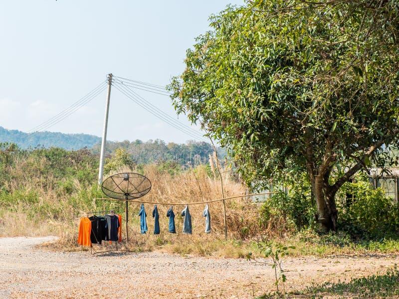 Kleding openlucht drogen, Liftstyle in Aziatisch Platteland van Thailand, stock afbeeldingen