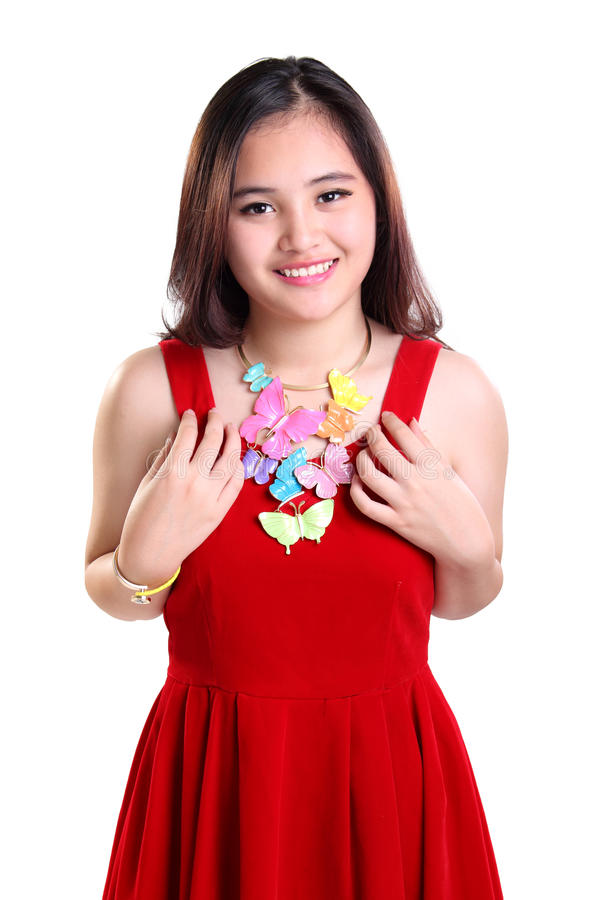 Kleedde het glimlachende meisje van Nice zich in rode kleding royalty-vrije stock afbeeldingen