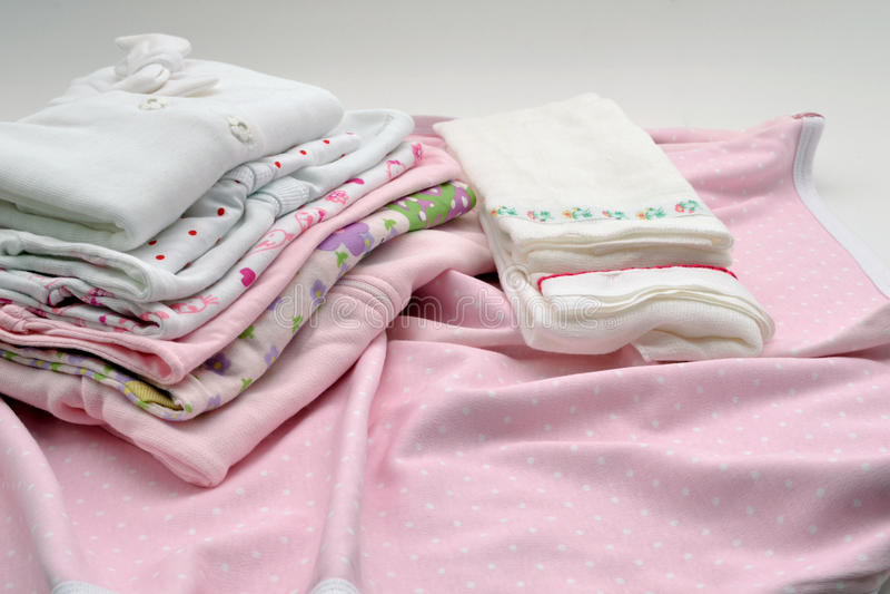 Kleidet Babys lizenzfreie stockfotos