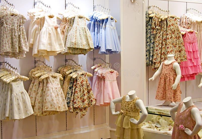 Kleidungs-System der Kinder stockfotos