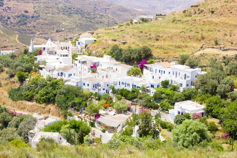 Klein dorp in Tinos-Eiland, Griekenland stock afbeelding