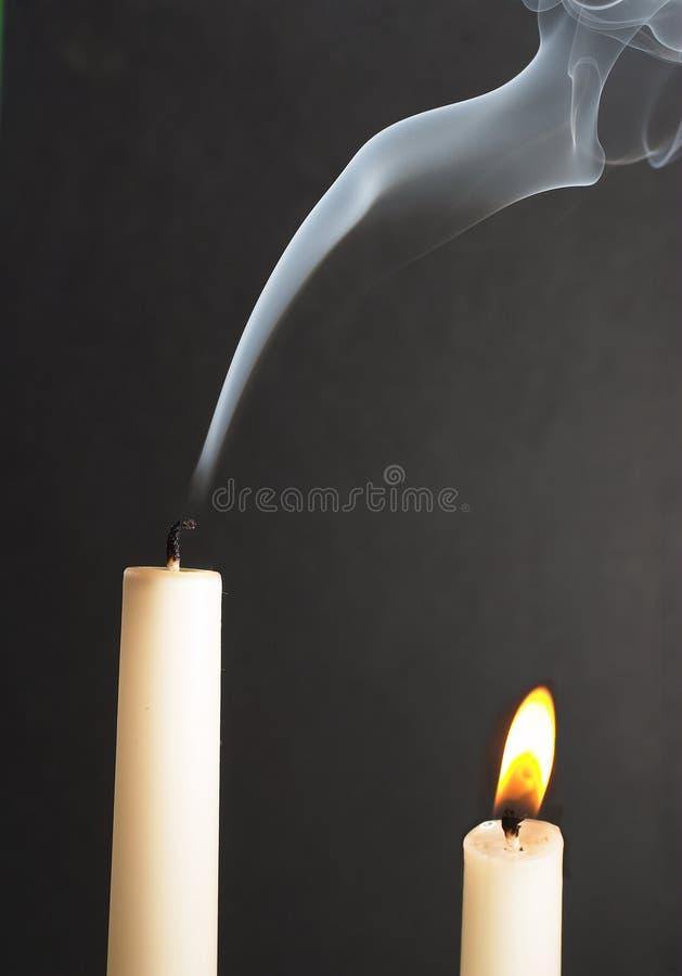 Download Klein maar helder stock foto. Afbeelding bestaande uit rook - 36272