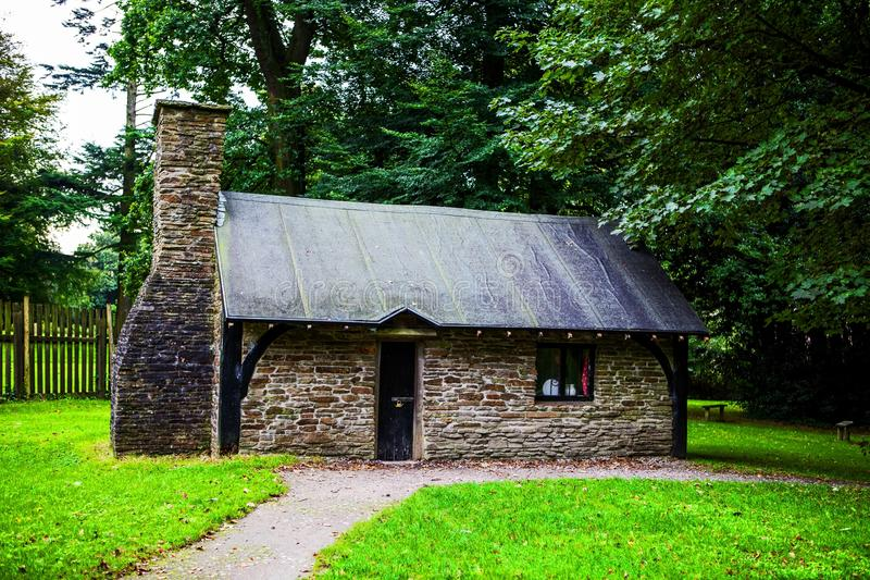 Klein traditioneel huis bij Margam-Park royalty-vrije stock foto's