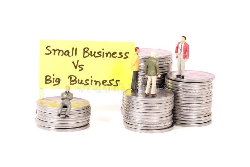Klein versus grote zaken stock afbeelding