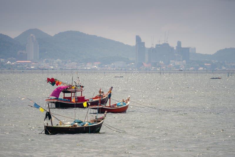 3 kleine boten van vissers royalty-vrije stock afbeelding