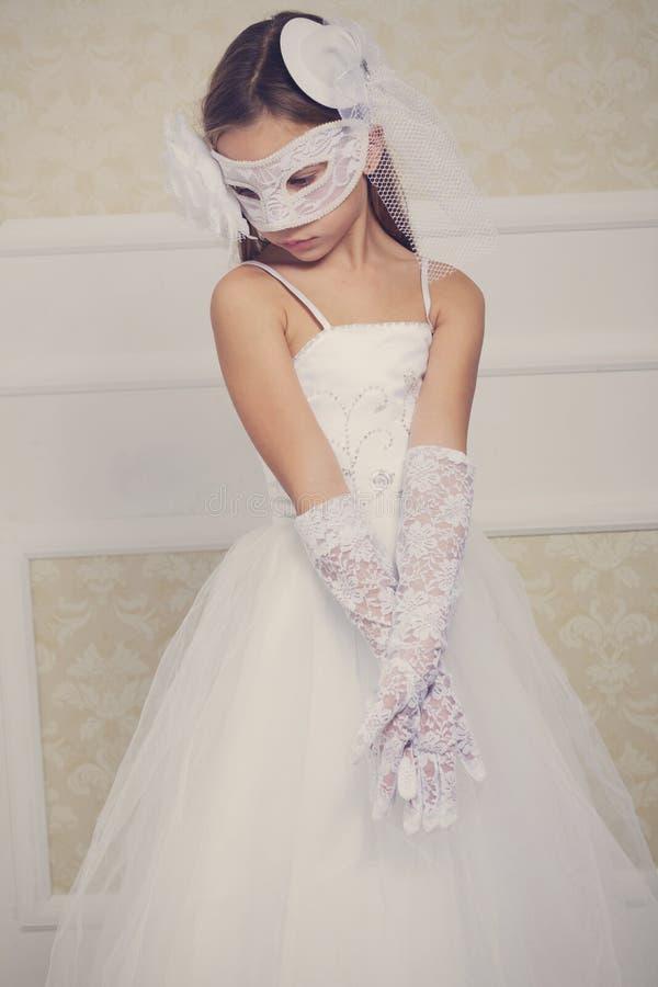 Kleine Braut lizenzfreies stockfoto