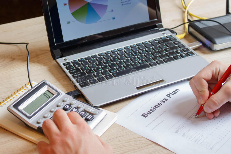 Kleine businessplan Goede bedrijfsideeën Ideeën voor beginnende nieuwe zaken stock afbeelding