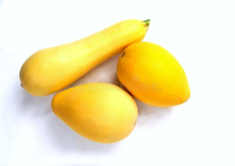 Kleine dekorative gelbe Kürbis und Zucchini lizenzfreies stockfoto