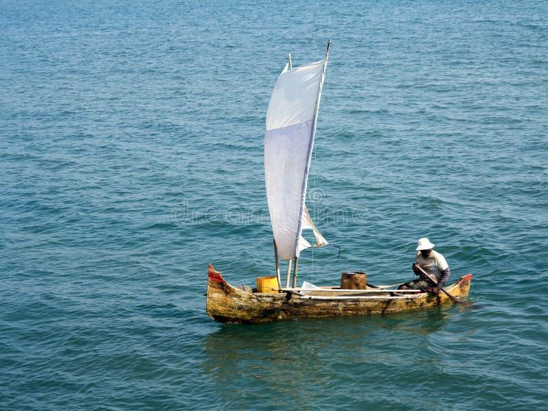 kleine Fischerboote in der Bucht oagascar, lizenzfreies stockfoto