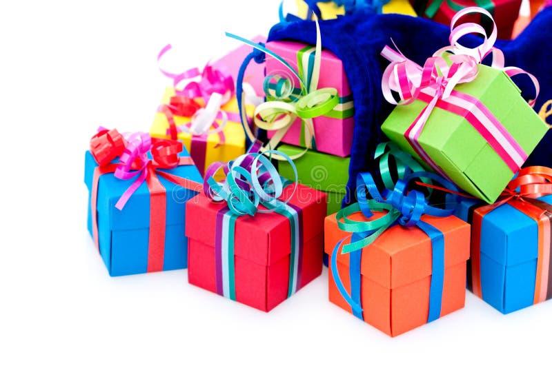 Kleine giftdozen en blauwe zak royalty-vrije stock foto's