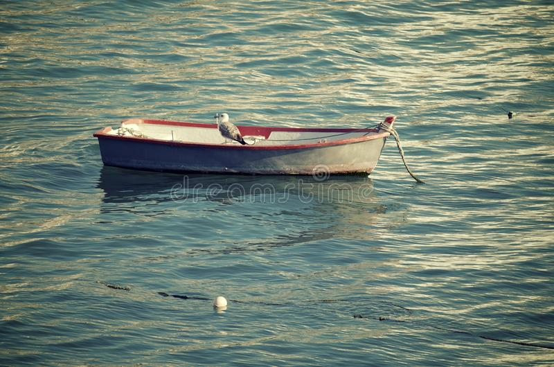 Kleine houten boot stock foto's