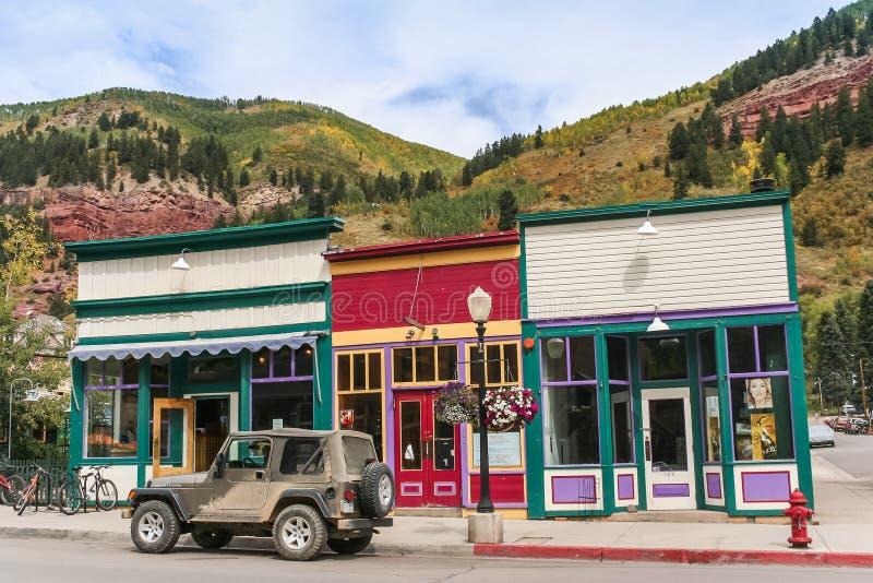 Kleine houten winkels in hoofdstraattelluride, Colorado stock foto's