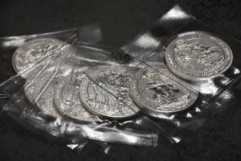 Kleine inzameling van investeringsmuntstukken van Rwanda, zuiver zilver royalty-vrije stock afbeelding