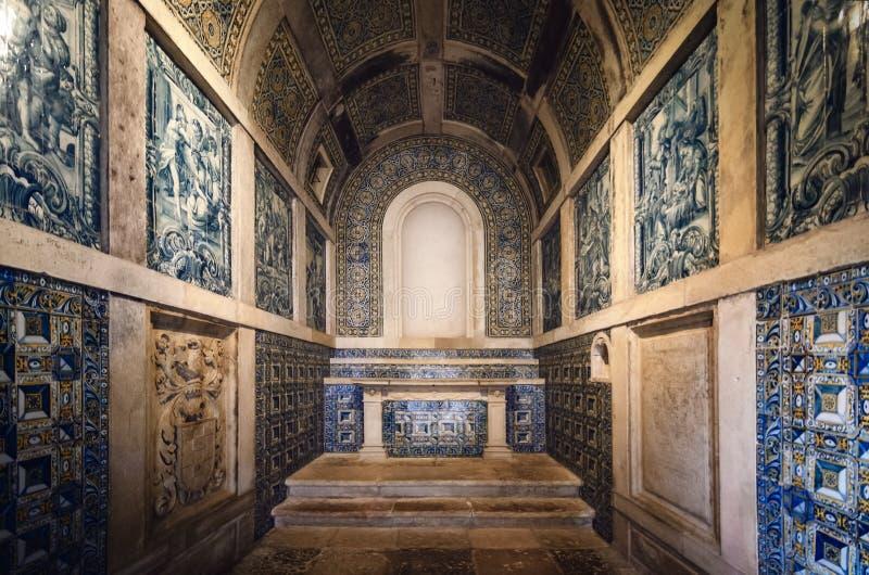 Kleine Kapelle bedeckt durch azulejos, traditionelle blaue gemalte Fliesen, im Kloster von Christus, altes templar Bollwerk und stockbild